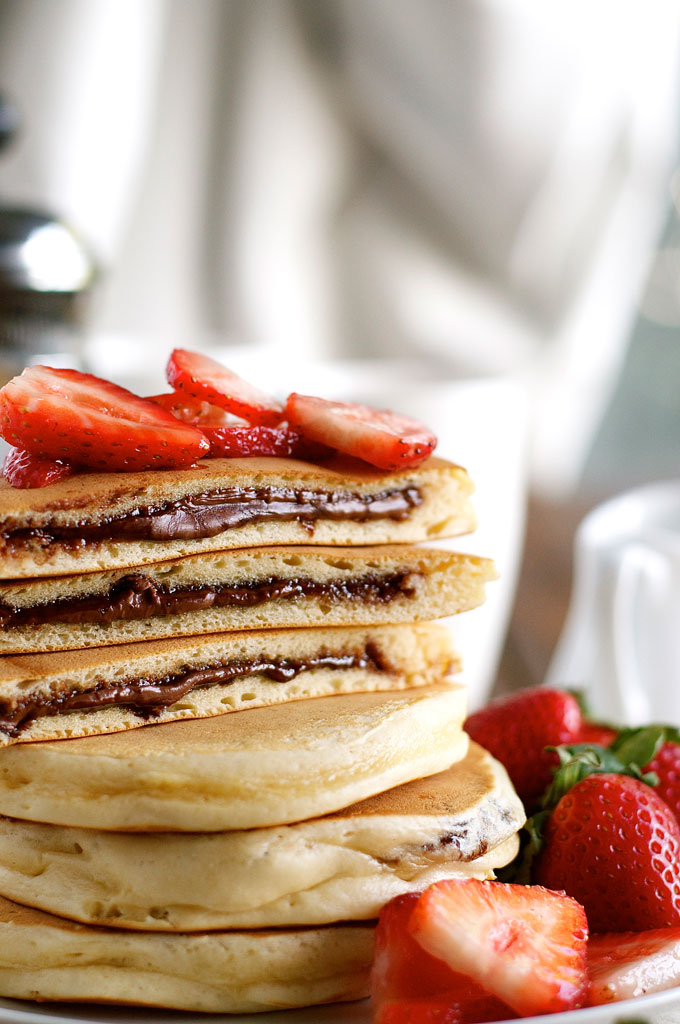 nutella-stuffed-pancakes_680px_5